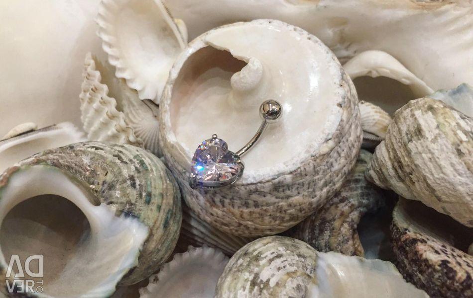 Göbek piercing dekorasyon