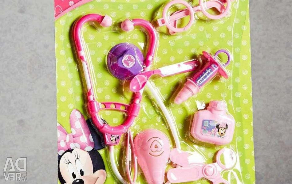 A set of Dr. Minnie Mouse
