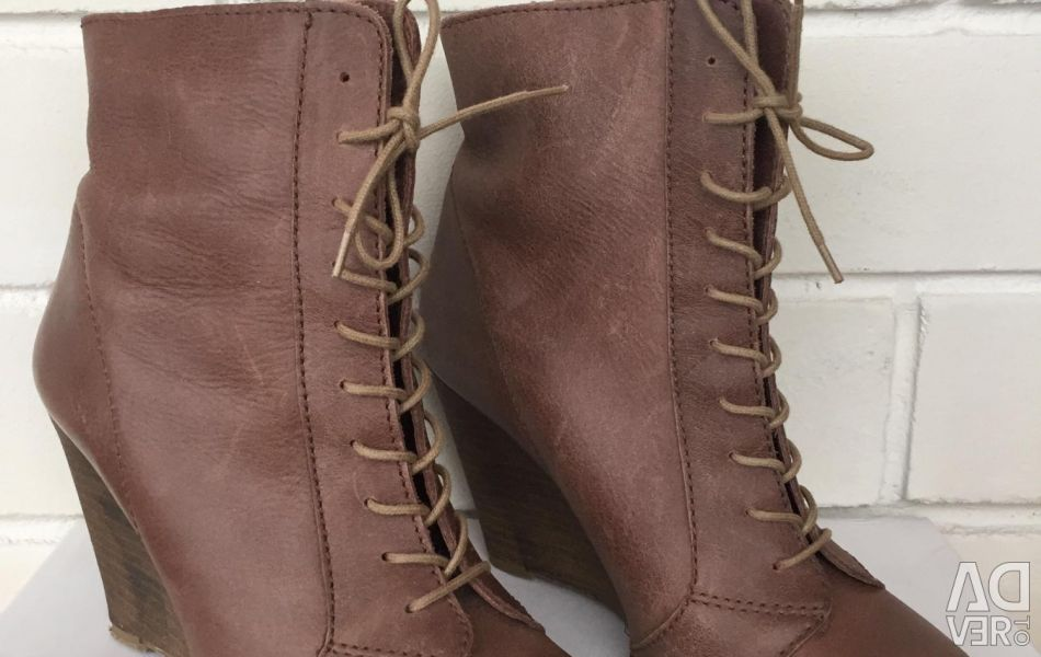 Berska Leather Ankle Boots
