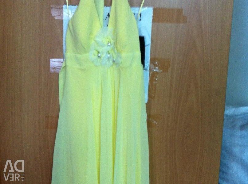 Dress Rinoshimento (Italy)