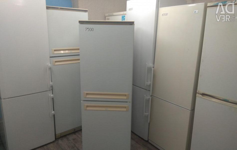 Refrigerator Stinol X033