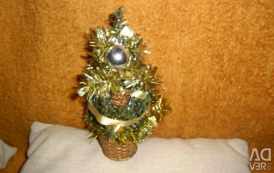 Μεταχειρισμένο χριστουγεννιάτικο δέντρο για το εσωτερικό σας