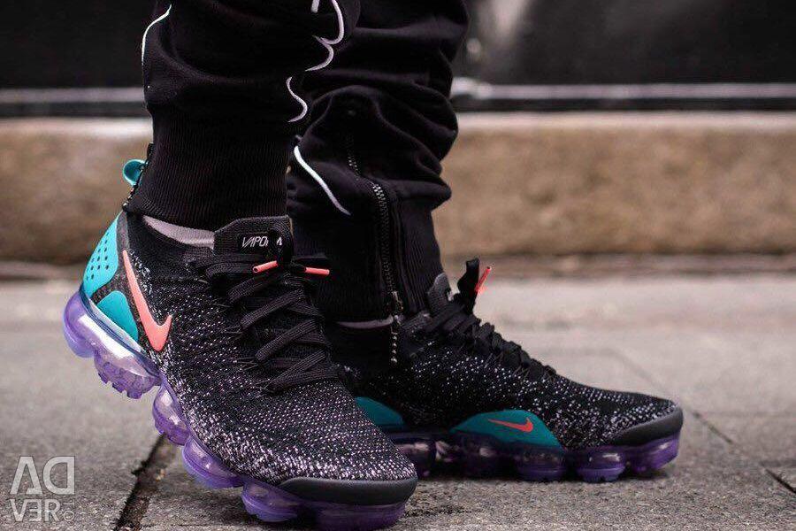 ? Men's Nike Sneakers