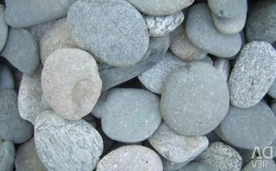 Cobblestone for drainage and decorative elements