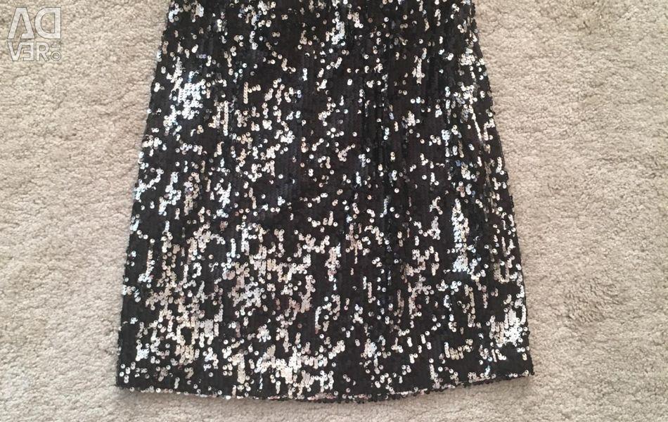 Η φούστα είναι καινούργια