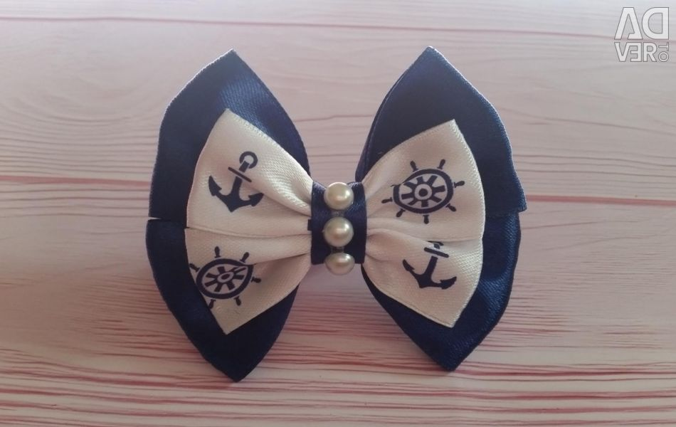 Bows in the marine theme
