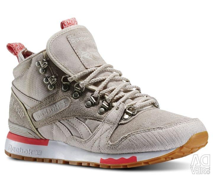 New sneakers from reebok classik originals