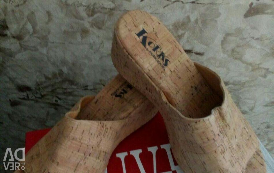 New, natural cork.