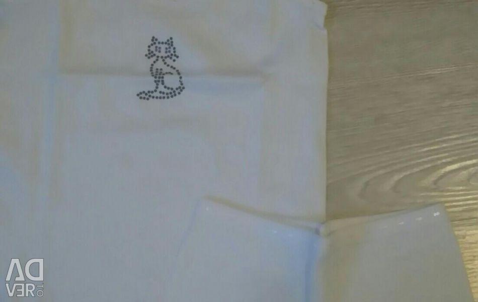 Set of linen for the girl