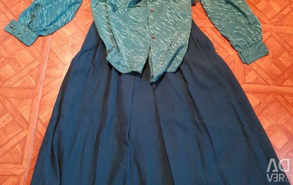 Μπλούζα μετάξι και μαλλί φούστα